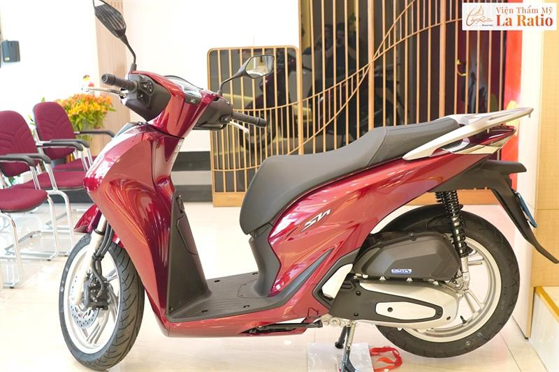 Chiếc Honda SH cùng nhiều giải thưởng hấp dẫn đã về tay chủ nhân